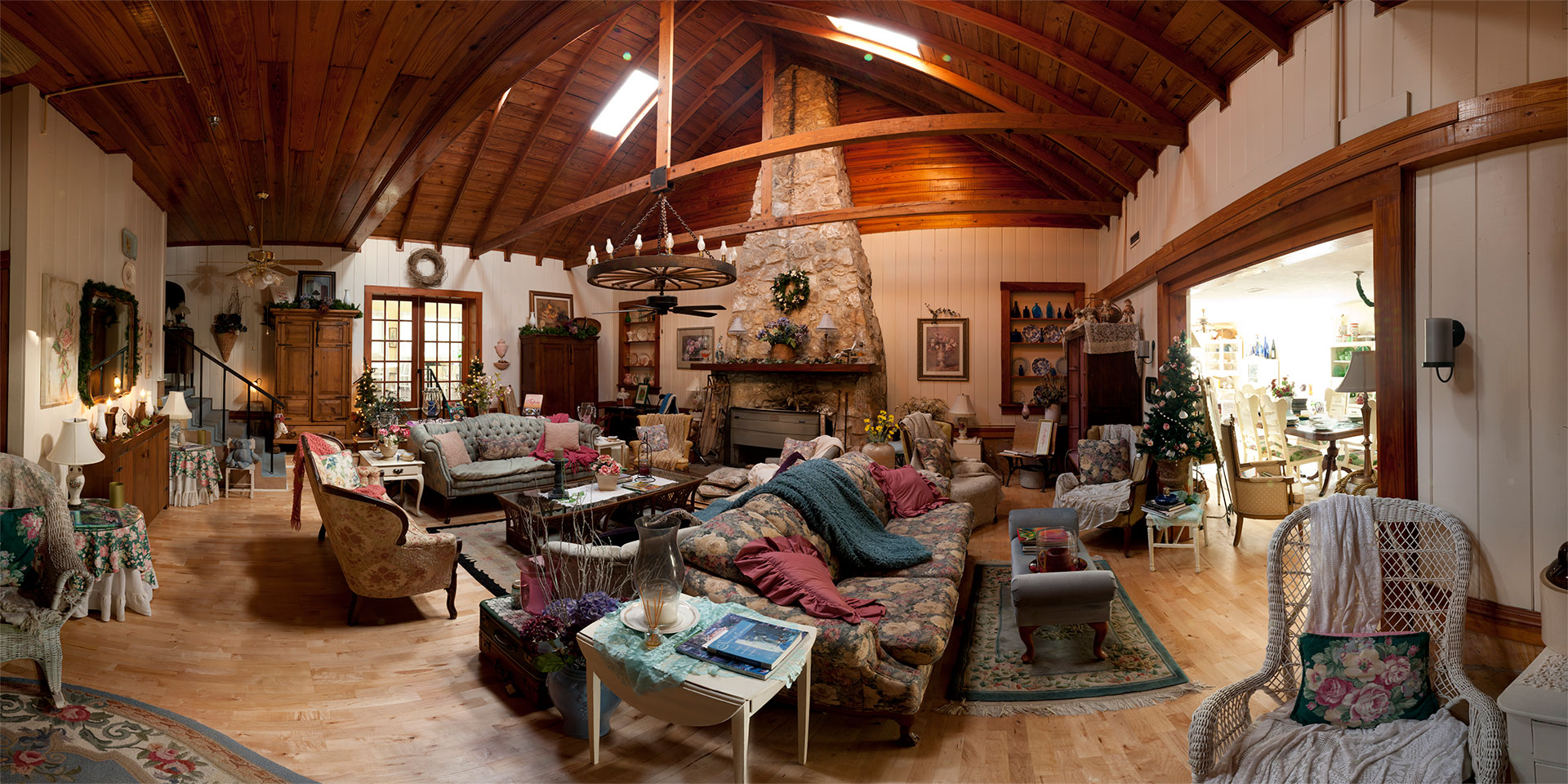 Great Hall, The Lakehouse, Inverness, Florida, USA